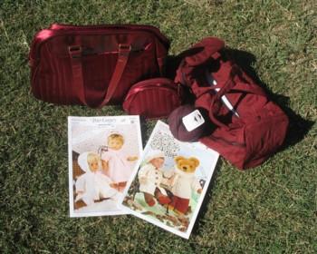 maroon-bags